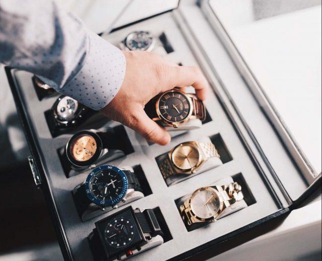 hulbot pulksteņu kolekcija